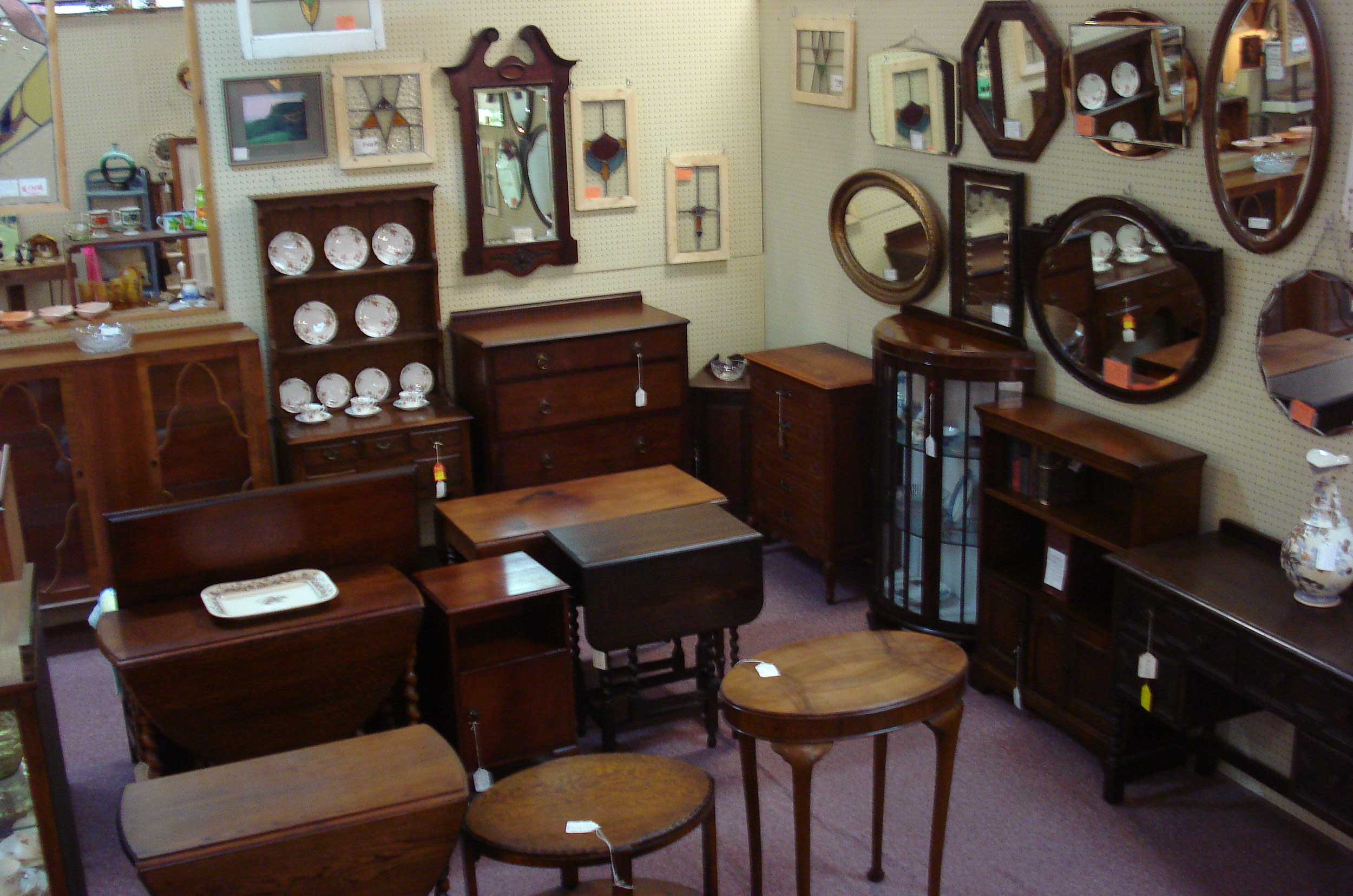antique gallery round rock antique experts in central texas. Black Bedroom Furniture Sets. Home Design Ideas